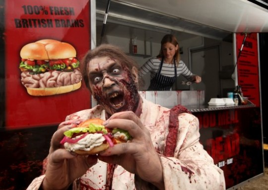 The Walking Dead: camión que vende hamburguesas para zombies